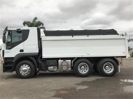 2019 Iveco Stralis AT500 - Trucks for Sale