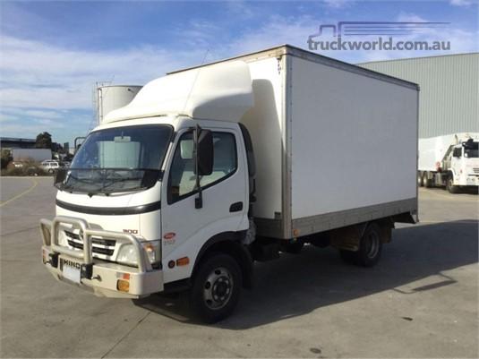 2010 Hino 300 Series 716 - Trucks for Sale