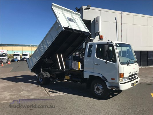 2008 Mitsubishi Fighter 1024 - Trucks for Sale