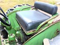 1959 John Deere 430 Tractor (view 5)