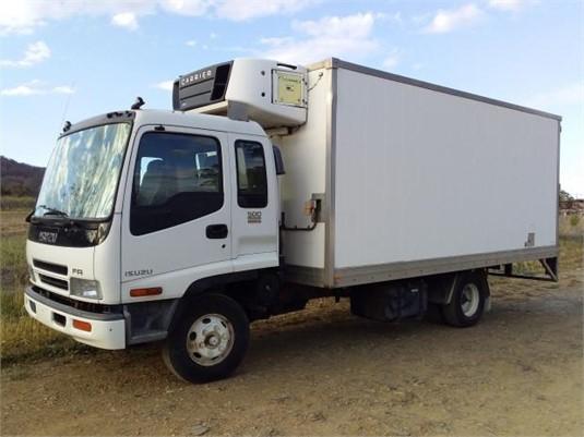 2005 Isuzu FRR 500 - Trucks for Sale