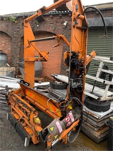 2011 ZOELLER  at TruckLocator.ie