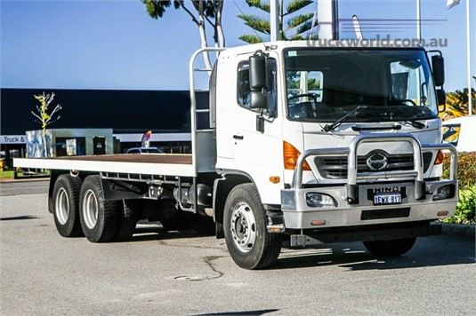 2015 Hino 500 Series WA Hino - Trucks for Sale