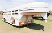 1997 22ft. Gooseneck Bull mobile stock trailer,
