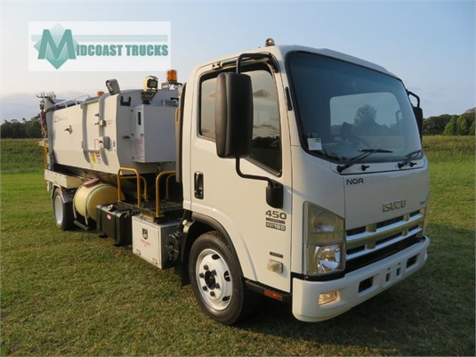 2013 Isuzu NQR 450 Premium Midcoast Trucks - Trucks for Sale