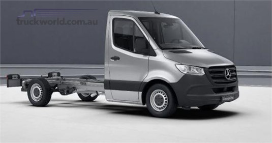 Mercedes Benz Sprinter 5.0t RWD Cab Chassis 519 LWB 7AT