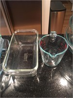 Assorted Set of Pyrex Cooking and Kitchen Ware
