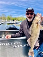Walleye Fishing for 4 with Captain Mike Avery