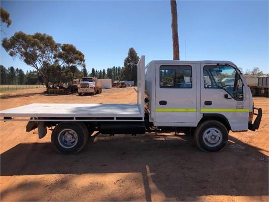 2001 Isuzu NPR 250 Crew - Trucks for Sale