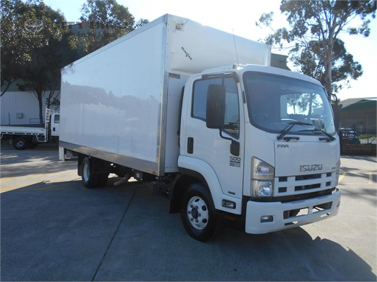 2014 Isuzu FRR City Hino - Trucks for Sale