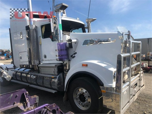 2002 Kenworth T904 Universal Truck Wreckers  - Wrecking for Sale