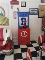 Peg N Reds Ice Cream Parlor