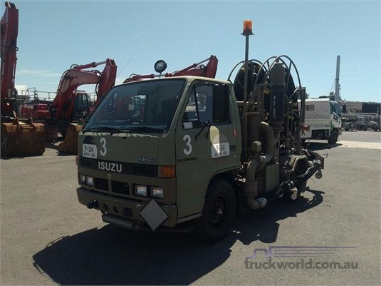 1993 Isuzu NKR - Trucks for Sale