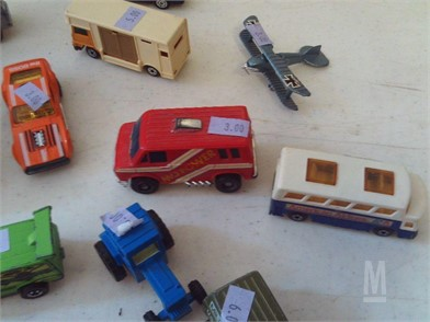 B 4 3 CAST METAL CARS & TRUCKS Other Items For Sale - 1
