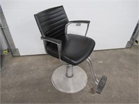 Global Salon Stylist Chair, Pump Up