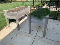 """2 Wooden Planter Boxes 4'x2'x32"""" Must Take Dirt"""