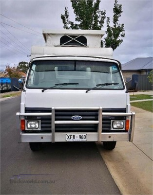1988 Ford Trader 0409 - Trucks for Sale