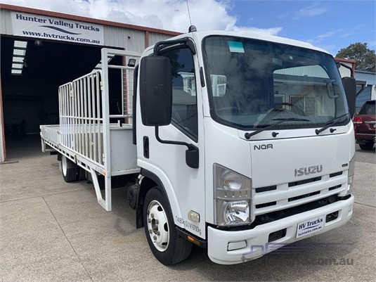 2010 Isuzu NQR - Trucks for Sale