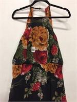 WOMEN'S LONG FLORAL DRESS SIZE MEDIUM