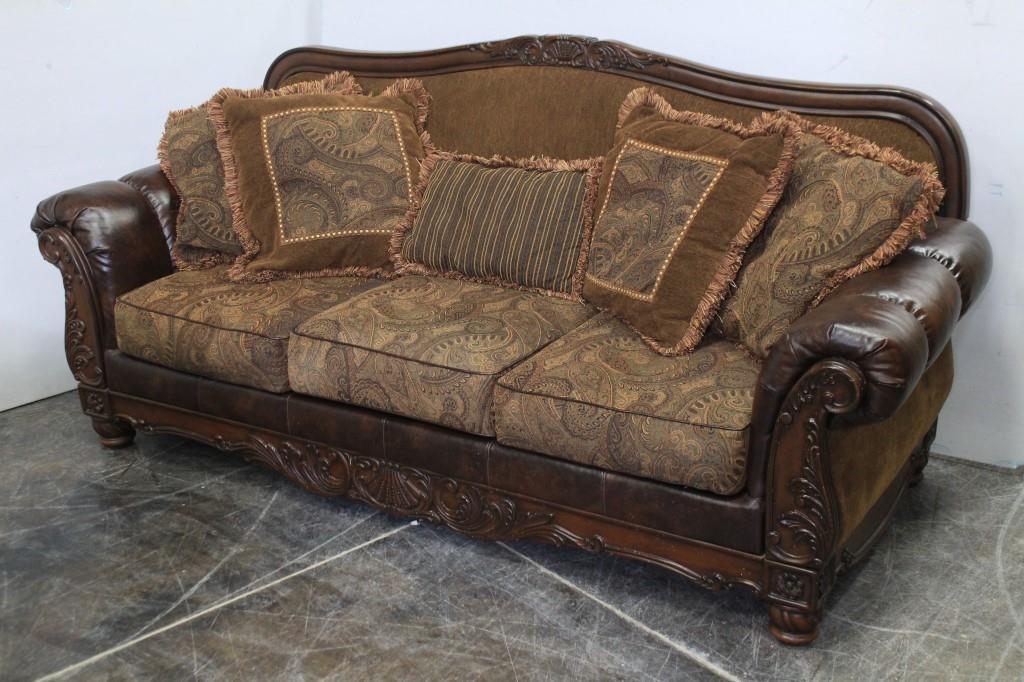 Camel Back Paisley Blended Leather Sofa Idaho Auction Barn
