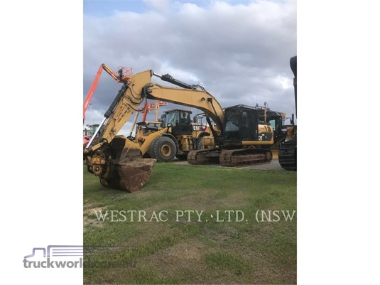 2011 Caterpillar 320D - Heavy Machinery for Sale