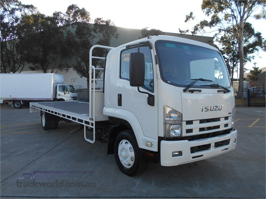 2010 Isuzu FSR - Trucks for Sale