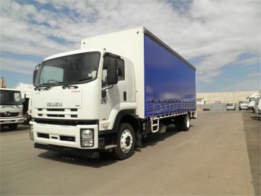 2012 Isuzu FTR 900 - Trucks for Sale