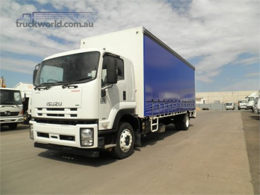 2012 Isuzu FTR Westar - Trucks for Sale