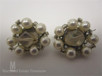 Vintage Crystal And Pearl Earrings Other Items For Sale 3