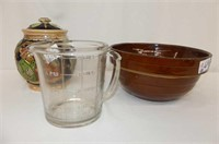 "4-Cup Measure, Brown USA Bowl 9.25""D"
