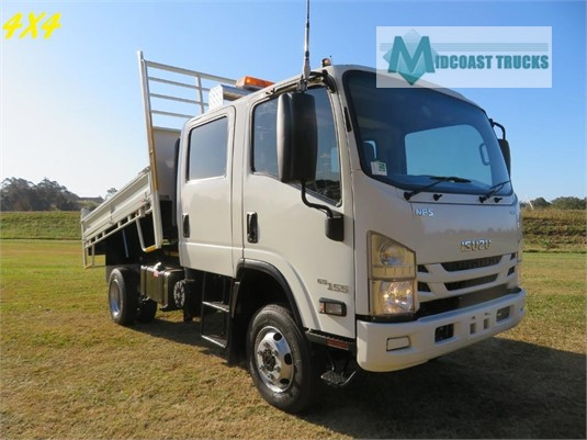 2016 Isuzu NPS 300 4x4 Crew Midcoast Trucks - Trucks for Sale