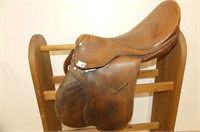 "14"" English Saddle w/Stand & Bridles"