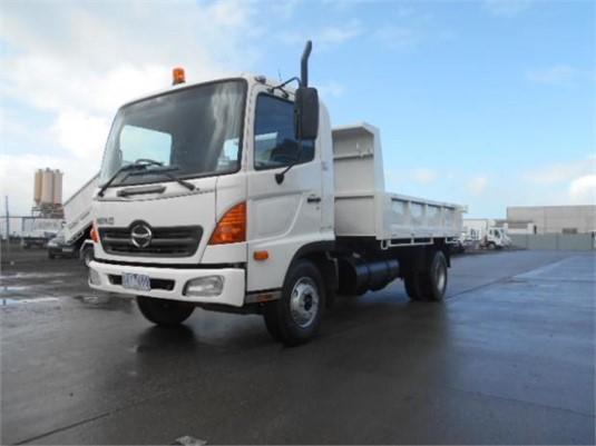 2006 Hino RANGER FC5 - Trucks for Sale