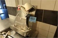 3708 NET: OPHØR HOTEL & RESTAURANT BOGENSE KYST (BOGENSE)