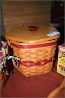 5 Longaberger Baskets Including Envelope Basket, 9