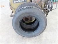 2 trailer tires st205 / 75 R14 good takeoffs