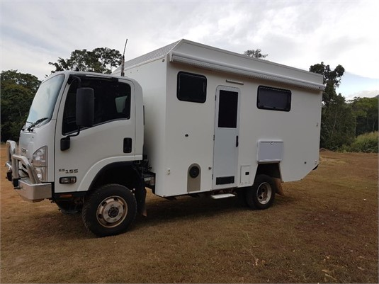 2014 Isuzu NPS300 - Trucks for Sale