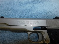 COLT GOVERNMENT MODEL SEMI AUTO HANDGUN