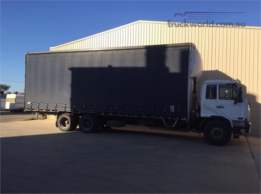 2007 Nissan Diesel UD PKA265 - Trucks for Sale