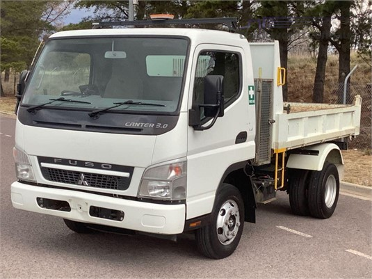 2010 Mitsubishi Fuso CANTER 3.0 - Trucks for Sale