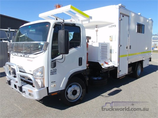 2008 Isuzu NQR 450 Premium - Trucks for Sale