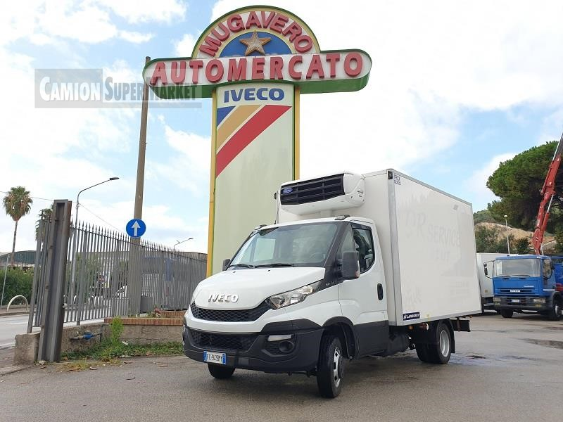 Iveco DAILY 35C11 used 2016 Campania