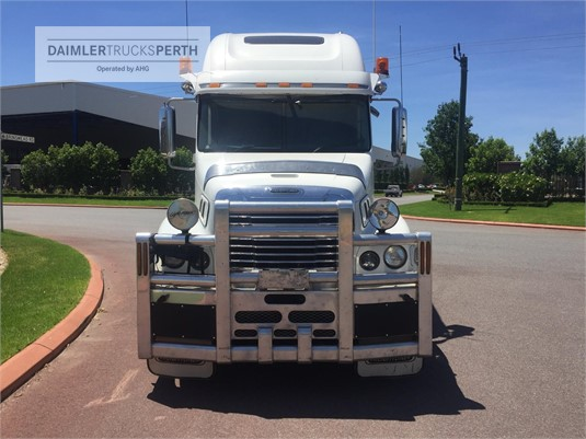 2010 Freightliner Century Class C120 Daimler Trucks Perth - Trucks for Sale