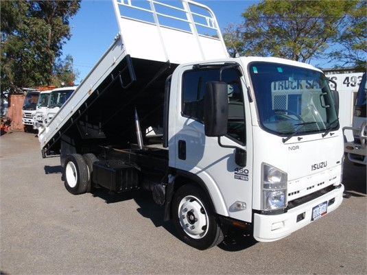2010 Isuzu NQR450 - Trucks for Sale