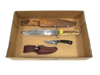 Lot, bowie knife and Schrade 1520T knife with