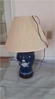 2 Accent Lamps With Additional Lamp Shade