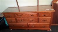 Oak 8 Drawer Dresser With Mirror