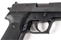 Gun Sig Sauer P220 Semi Auto Pistol in 45 ACP