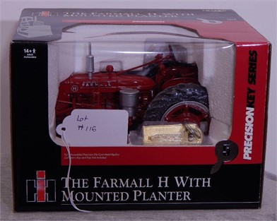 Ertl Farmall Ih Hw Planter Other Items For Sale 1 Listings