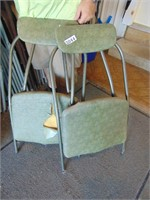 Folding Card Table w/ (4) Padded Folding Chairs